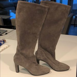 Cole Hann  size 6 suede medium gray boots.